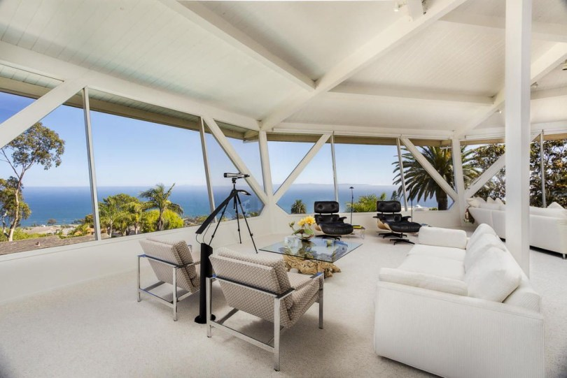 Splendid Glass House Design Ideas With 360 Degree View Of The Mountain09