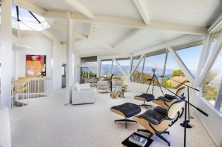 Splendid Glass House Design Ideas With 360 Degree View Of The Mountain15