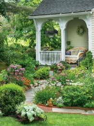 Adorable Front Porch Landscaping Design Ideas To Increase Your Home Style02