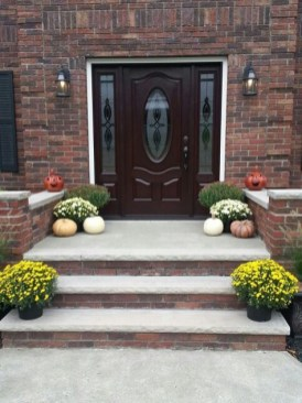 Adorable Front Porch Landscaping Design Ideas To Increase Your Home Style12