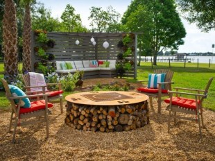 Best Patio Deck Design Ideas With Firepit To Make The Atmosphere Warmer03