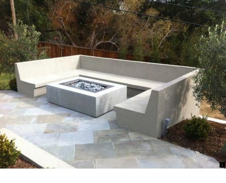 Best Patio Deck Design Ideas With Firepit To Make The Atmosphere Warmer18