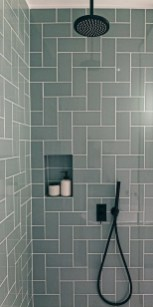 Stunning Black Bathroom Shower Design Ideas That You Need To Copy22