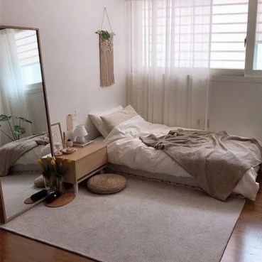 Unusual Small Bedroom Design Ideas For A Narrow Space04
