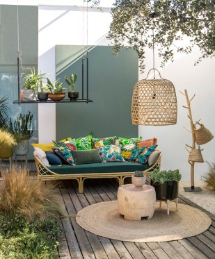 Wonderful Outdoor Living Room Design Ideas For Enjoying Your Days16
