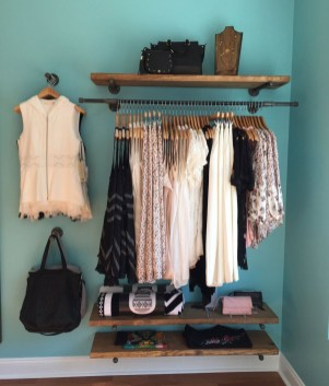Awesome Diy Small Bedroom Design Ideas With Close Clothing Rack 30