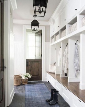 Awesome Farmhouse Mudroom Decorating Ideas To Try Asap 36
