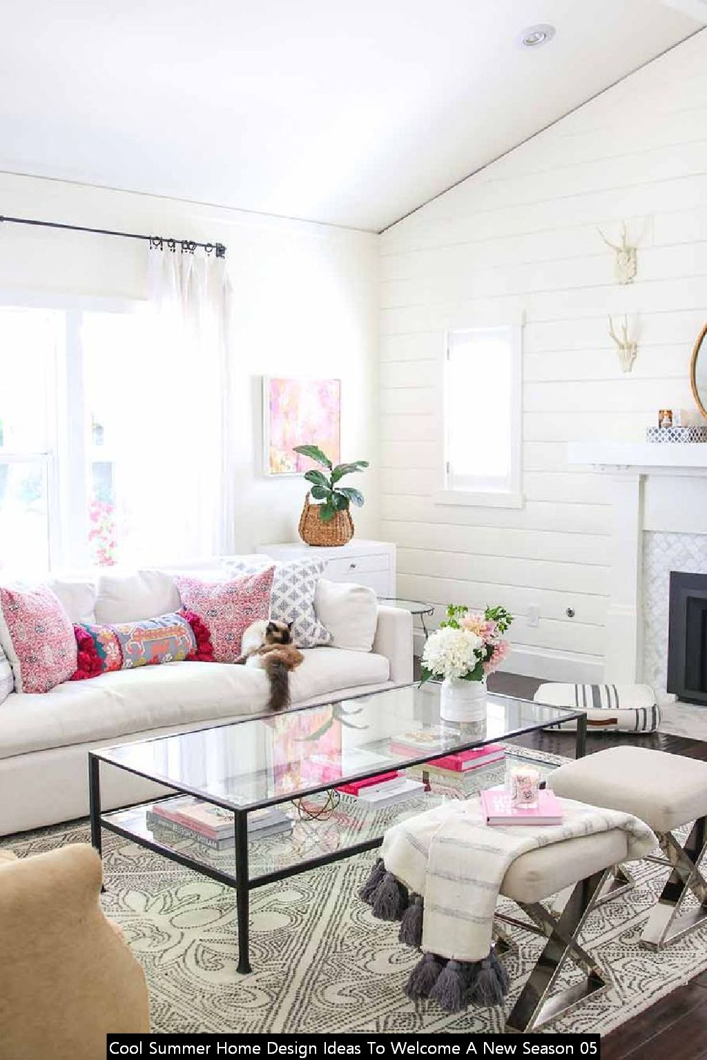 Cool Summer Home Design Ideas To Welcome A New Season 05