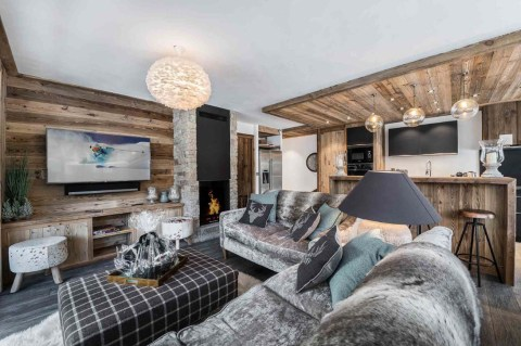 Impressive Spacious Chalet Design Ideas With Warm And Cosy Ambience 16