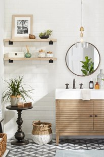 Smart Space Saving Bathroom Solutions Ideas That You Need To Copy 29