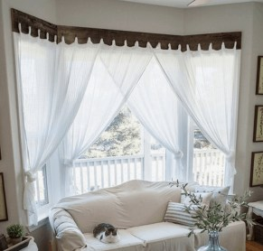 Wonderful Farmhouse Curtains Decor Ideas For Living Room To Try Asap 41