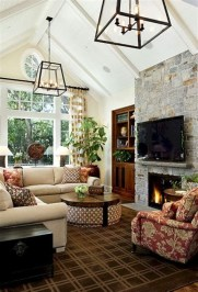 Amazing Small Living Room With Vaulted Ceiling 32