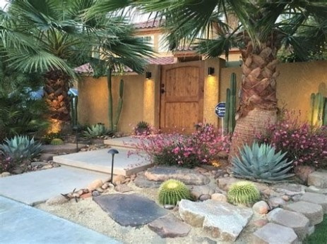 Beautiful Front Yard Cactus Garden Ideas 08