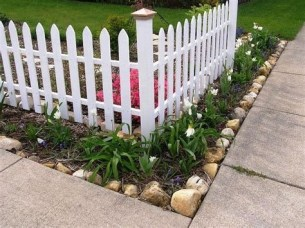 Brilliant Front Yard Corner Lot Landscaping Ideas 15