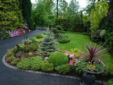 Brilliant Front Yard Corner Lot Landscaping Ideas 23