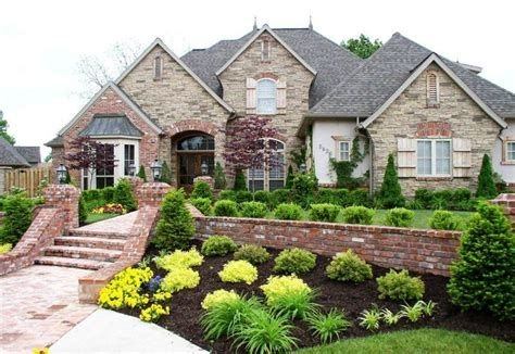 Brilliant Front Yard Corner Lot Landscaping Ideas 39
