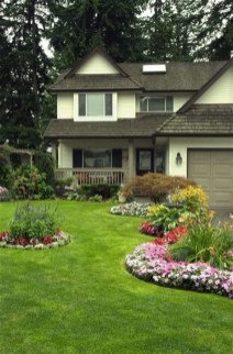Stunning Front Yard Landscaping Ideas On A Budget 19