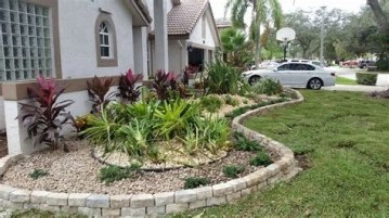 Stunning Front Yard Landscaping Ideas On A Budget 26