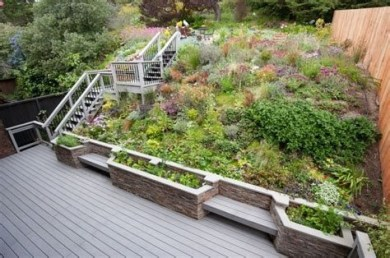 Totally Cute Sloped Backyard Landscaping Ideas 20