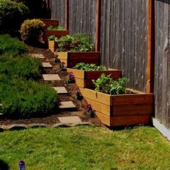 Totally Cute Sloped Backyard Landscaping Ideas 39