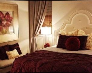 Awesome Burgundy And Grey Bedroom Ideas 24