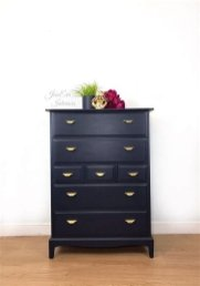 Cool Navy Painted Bedroom Furniture Ideas 37