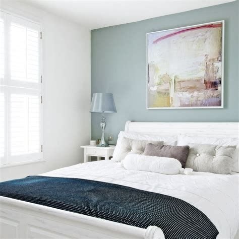 Creative Sage Green Accent Wall Bedroom Ideas 38