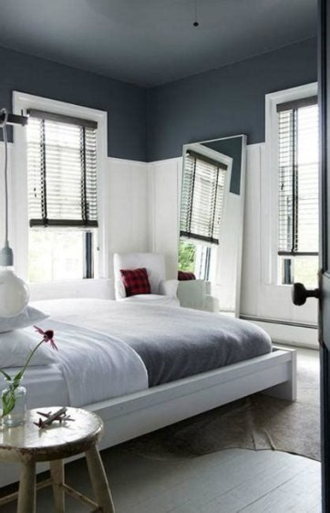 Lovely Two Tone Bedroom Paint Ideas 03