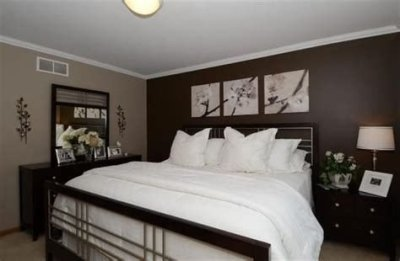 Lovely Two Tone Bedroom Paint Ideas 13