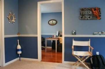 Lovely Two Tone Bedroom Paint Ideas 31