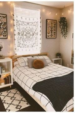 Adorable Aesthetic Room Ideas For Small Rooms 37