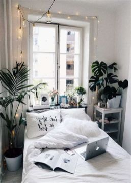 Adorable Aesthetic Room Ideas For Small Rooms 39