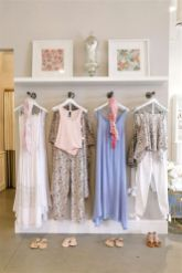 Beautiful Very Small Boutique Design 06