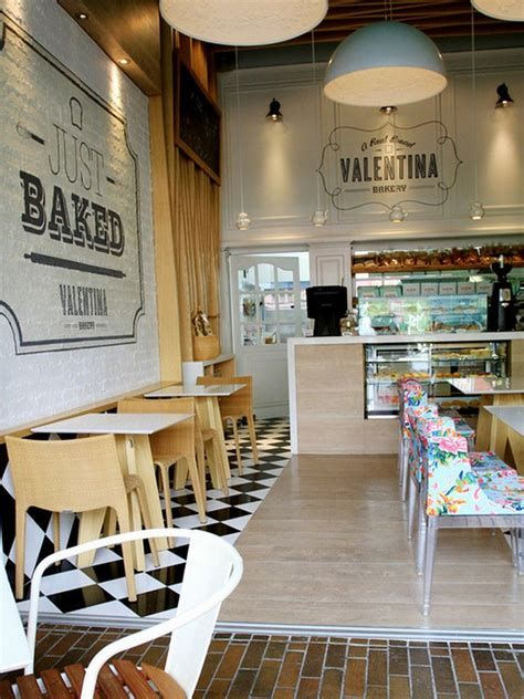 Lovely Low Budget Small Restaurant Design Ideas 10