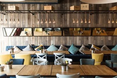 Lovely Low Budget Small Restaurant Design Ideas 18