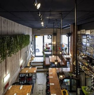 Lovely Low Budget Small Restaurant Design Ideas 33