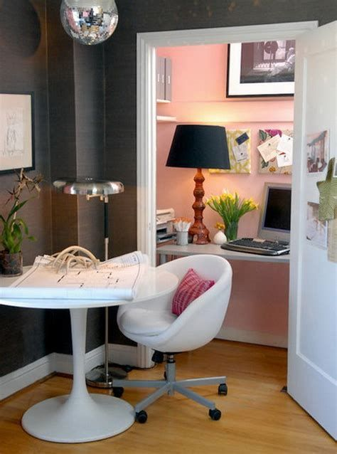Amazing Office Interior Design Ideas For Small Space Ideas 32
