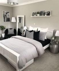 Totally Cute Black And White Room Aesthetic Ideas 11