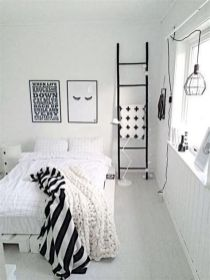 Totally Cute Black And White Room Aesthetic Ideas 22