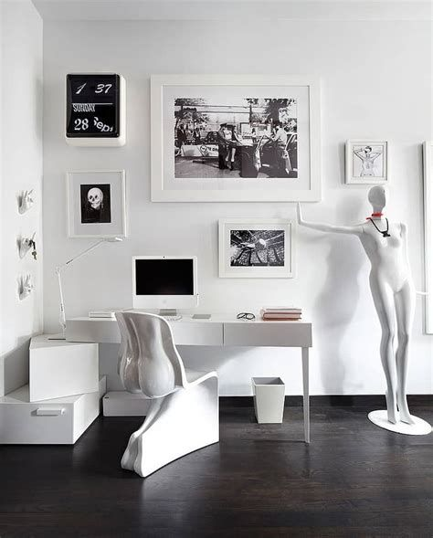 Totally Cute Black And White Room Aesthetic Ideas 41