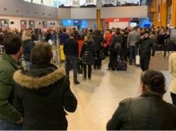 Aeroportul Cluj. 800 de călători blocați, 5 curse suspendate din cauza ceții! 6