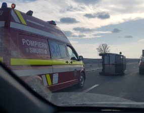 Accident Cluj. Mașină răsturnată intre Vâlcele si Martinesti spre Turda 42