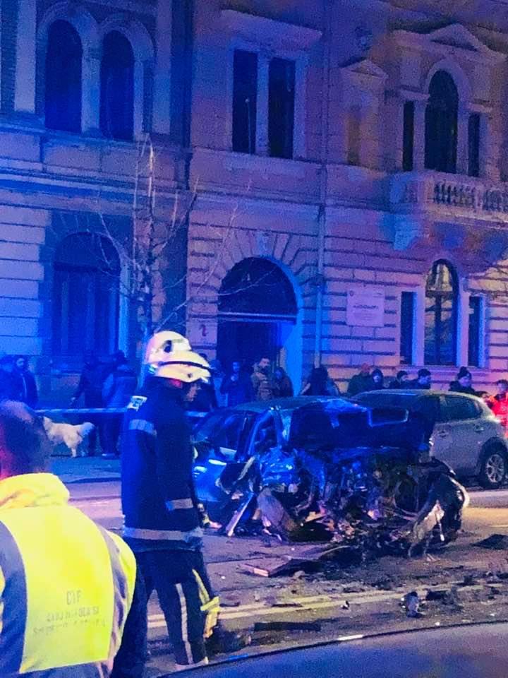 (Foto) Accident Cluj. Update 2. Șoferul de BMW de pe Horea a fugit dar a fost prins de un polițist aflat în timpul liber pe strada Racoviță. Șoferul era rupt de beat 1