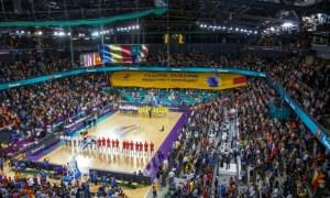 """Emil Boc: """"Cluj-Napoca - oraș al sportului. Acces gratuit pentru elevii clujeni la meciul de baschet România - Spania, campioana mondială la baschet. Hai România!!! Mult succes, CFR Cluj!"""" 2"""