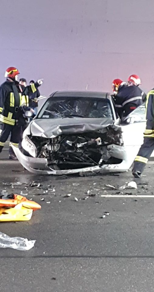 (Foto) Accident Cluj. Ciocnire violentă la Podul N, persoane rănite 4