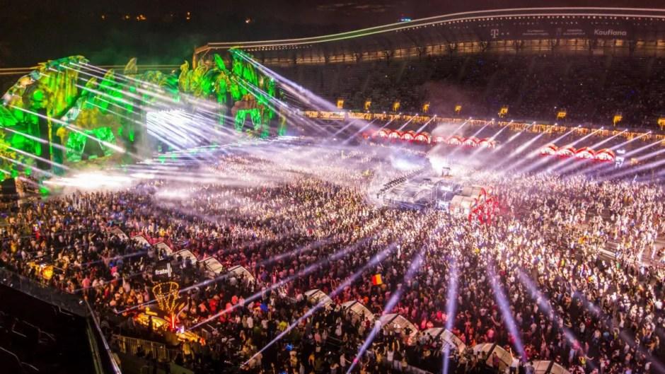 Alţi 130 de artişti confirmaţi la festivalul UNTOLD | Peste 65.000 de oameni şi-au cumpărat deja abonamente