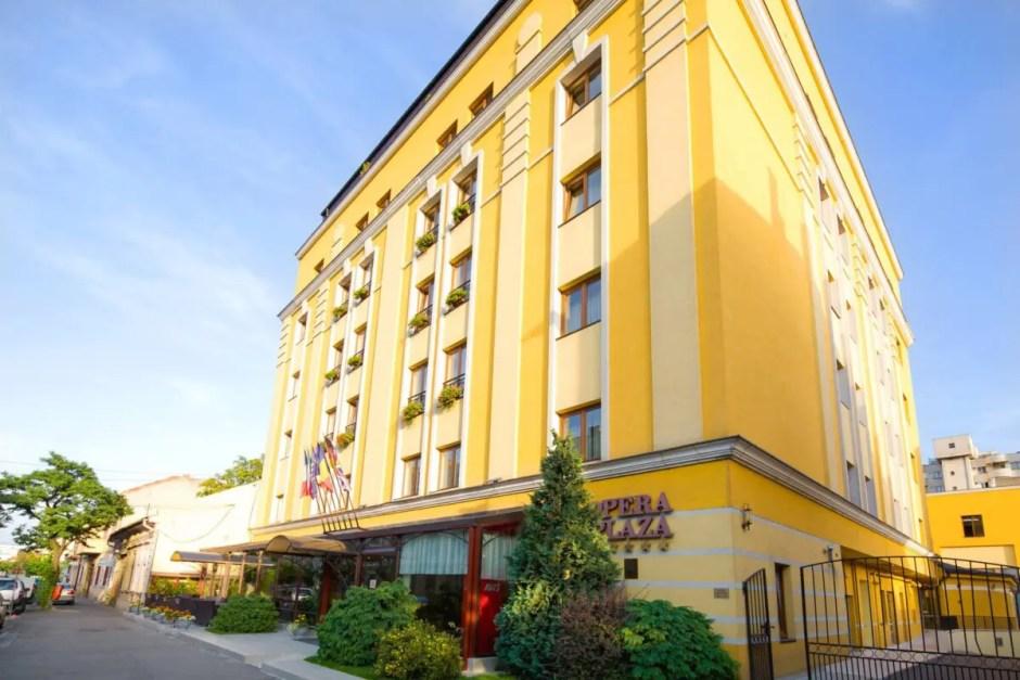 Facultatea de Drept din Cluj va avea un nou sediu: UBB cumpără Hotelul Opera Plaza