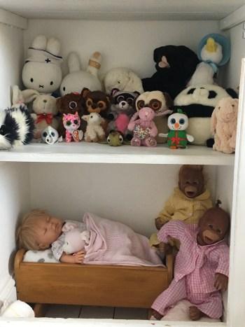 betty cupboard 2