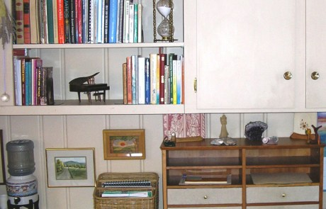 Shelves, decluttered