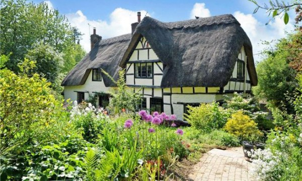 This Thatched English Cottage for Sale Is Pure Magic ...